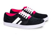 Sepatu Sneakers Pria GS 6054