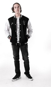 Sweater Pria RDW 1410