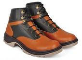 Sepatu Adventure Pria BJB 030