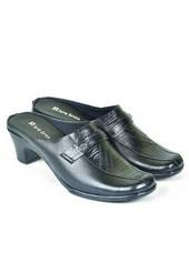 Sepatu Bustong Wanita JUP 108
