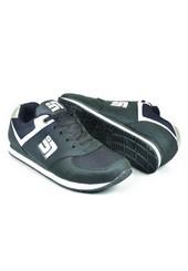 Sepatu Olahraga Pria AYI 101
