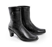 Sepatu Boots Wanita SP 507.04