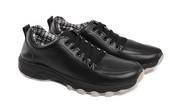Sepatu Olahraga Pria SP 561.01