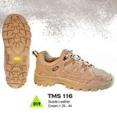 Sepatu Adventure Pria TMS 116