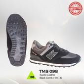 Sepatu Olahraga Pria TMS 098